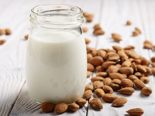 is cereal with almond milk healthy